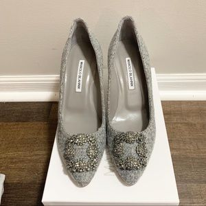 NIB Manolo blahnik Hangisi 70mm heels Size 9US39EU